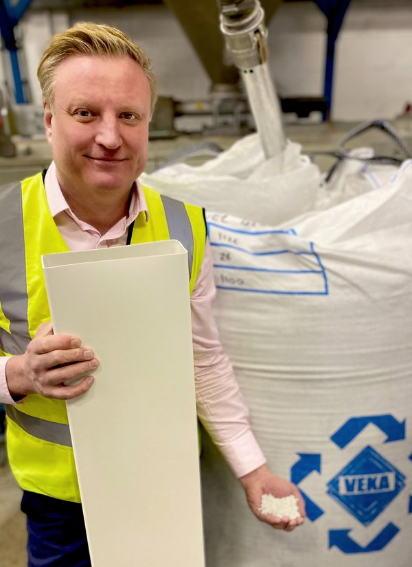 Verplas MD Derren Gittins uses VEKA recycled compounds for all of his company's extrusion production.jpg