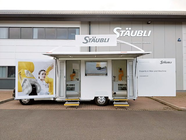 Stäubli taking robots on tour