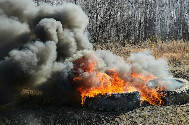 Stopping the spread of rubber and plastic fires