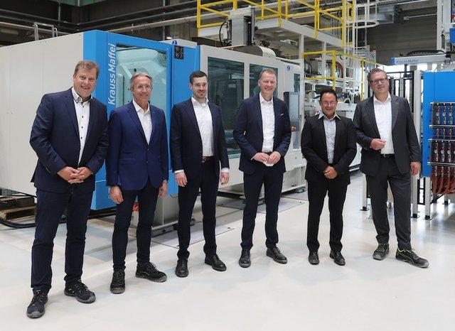 KraussMaffei and Leibniz University Hanover intensify co-operation