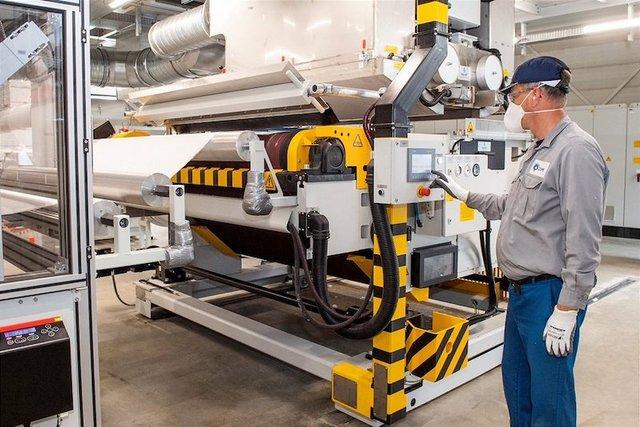 Dutch PPE Solutions reduces climate impact of meltblown fibres production