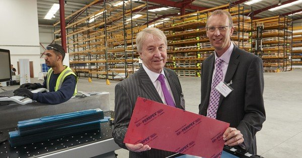 Perspex Distribution Leeds -(l-r) Keith Piggott -MD Perspex Distribution, Phil Bailey -Vice President EMEA Lucite International .jpg