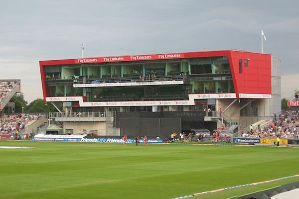 640px-New_pavilion,_Old_Trafford_Cricket_Ground,_July_2013.jpg