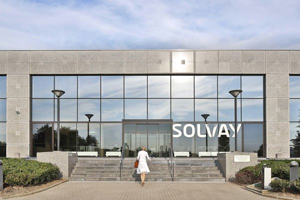 Solvay introduces Solef PVDF to protect pipes in oil and gas