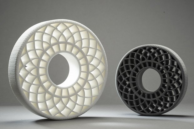 BASF baut das Arbeitsgebiet 3D-Druck weiter aus und stärkt seine Marktpräsenz bei Powder Bed Fusion mit neuen Produkten und Formulierungen. / BASF is expanding its 3D printing activities by strengthening the market presence in the area of powder b...