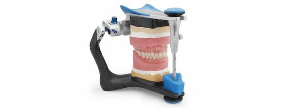 dentures-hero.jpg.2708x0_q80_crop-smart.jpg