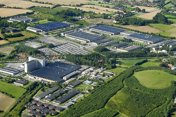 danfoss-headquarter-nordborg-denmark-from-the-top-1120x742 copy.jpg