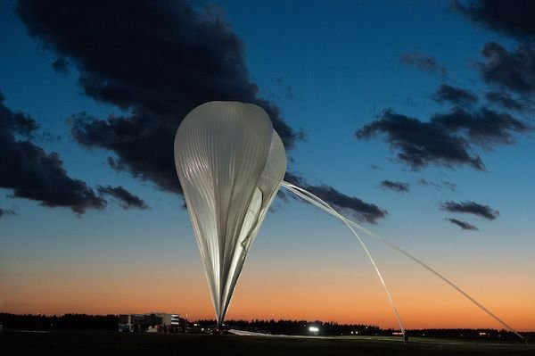 RKW_CNES_Stratospheric Balloon_s.jpg