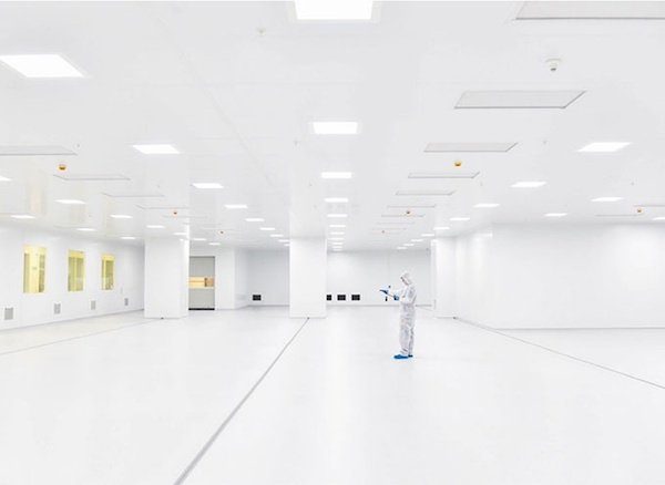 gy0tryss-cleanroom.jpg
