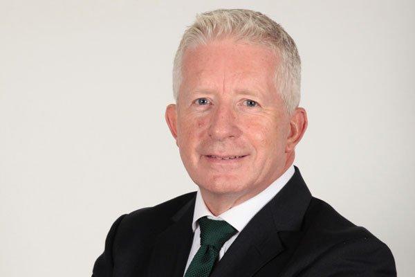 Dr Kevin Bradley