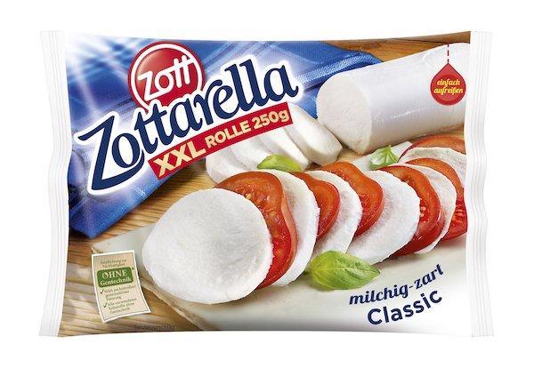 Zottarella-Rolle Packshot_c_Zott.jpg