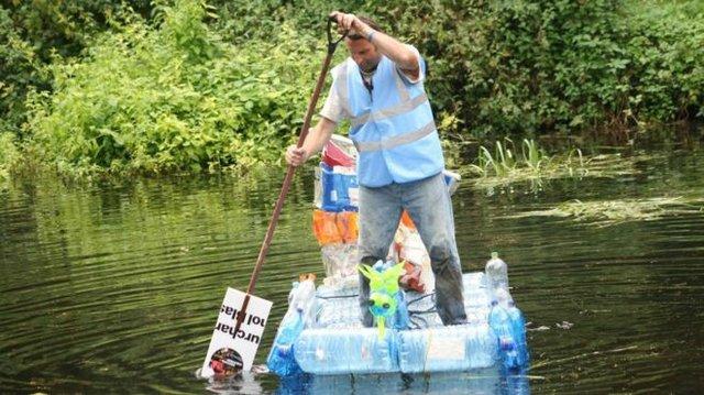 _108014256_plasticboat3.jpg