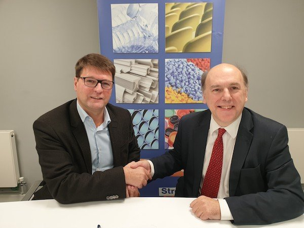 Philip Law and Alexandre Dangis Sign Recycling Agreement.jpg