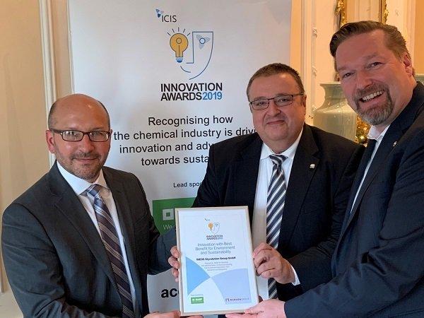 ICIS-award-photo-small.jpg
