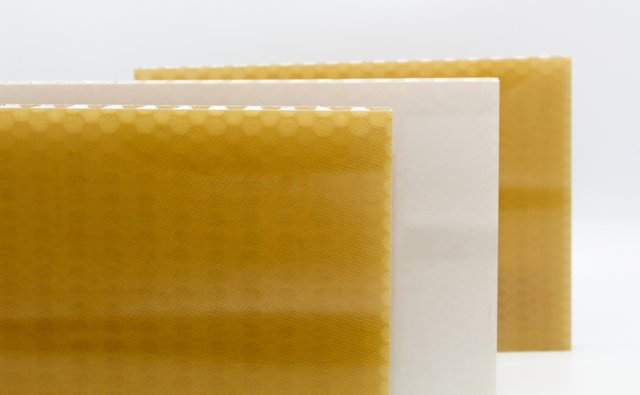 EconCore, Toray and Bostik collaborate on the development of FST qualified thermoplastic honeycomb panels.jpg